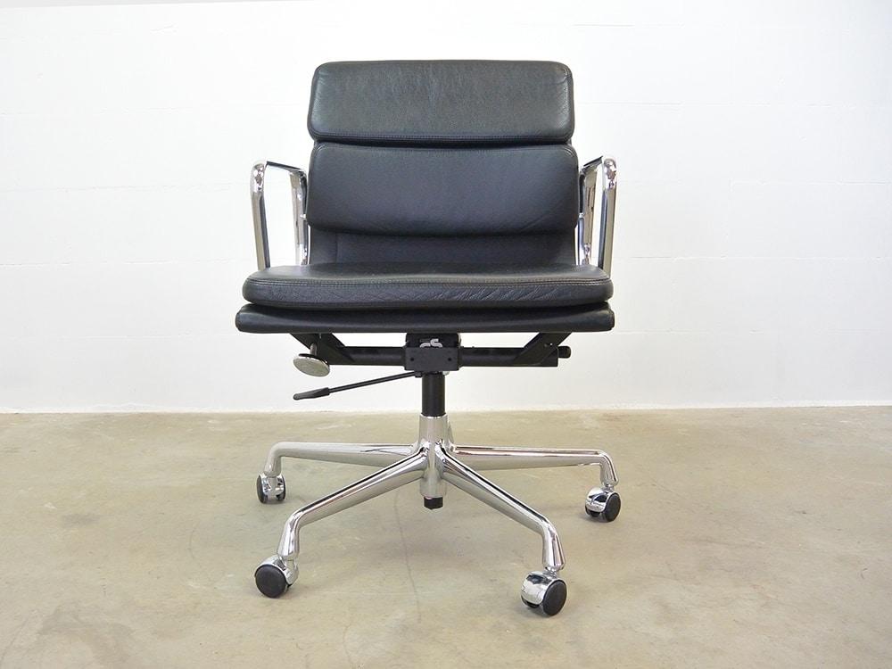 Charles Eames Bureaustoel.Ea 217 Softpad Chair Vitra Charles Eames Ideo Design