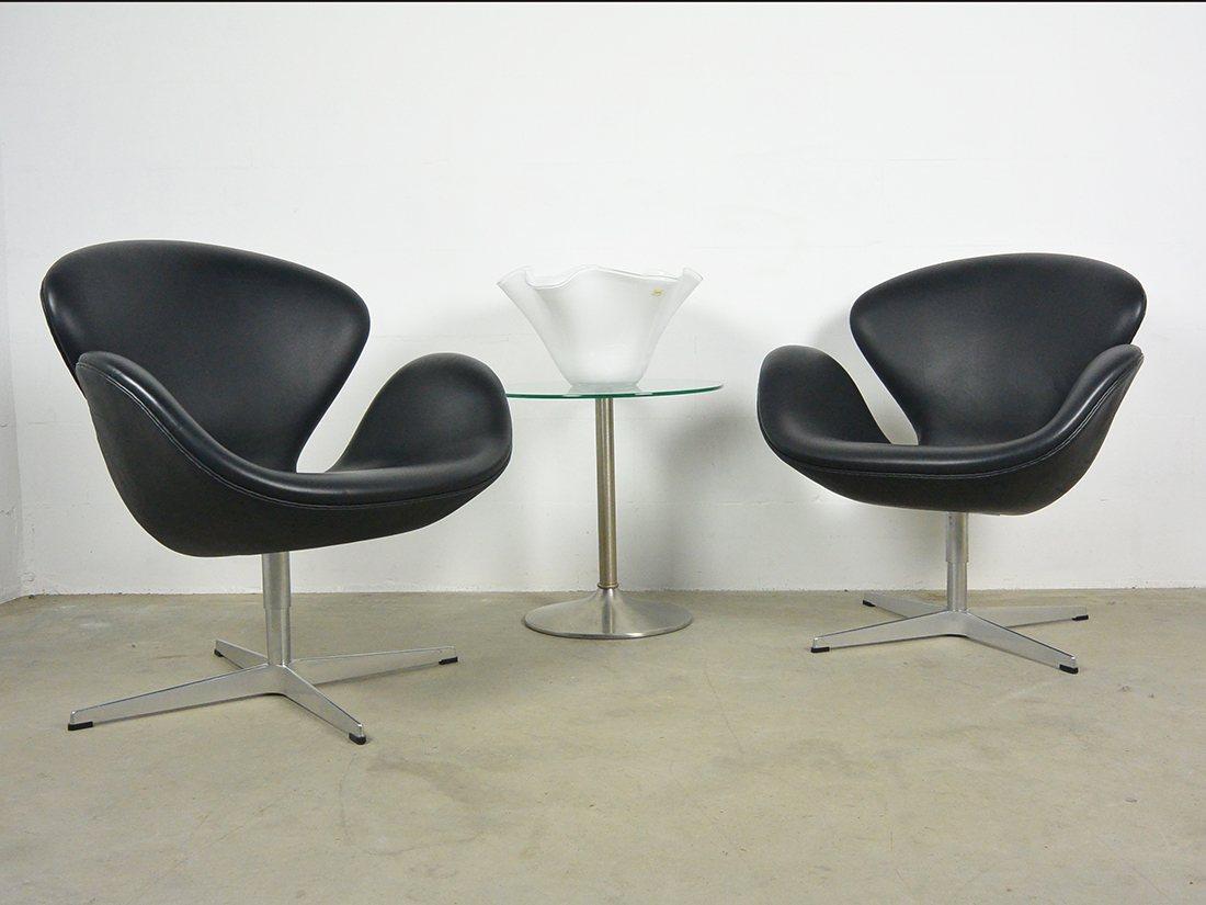 arne jacobsen swan chair fritz hansen 5